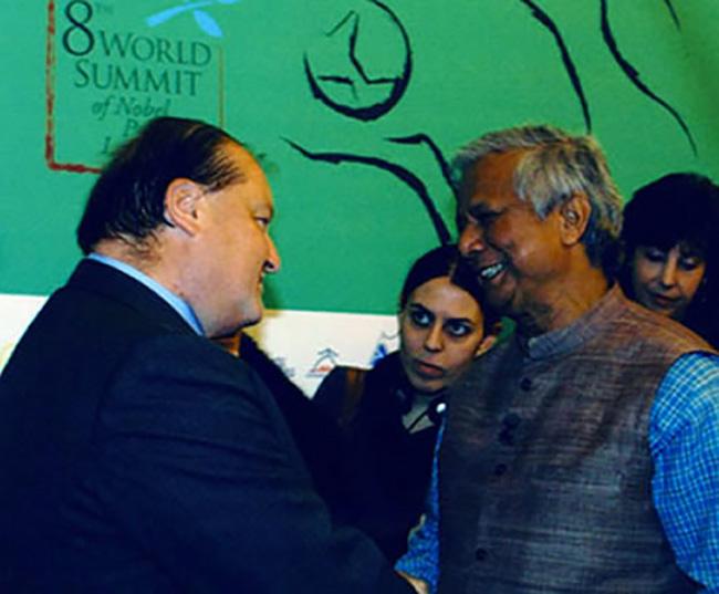 Con il Premio Nobel Mohammed Jounus