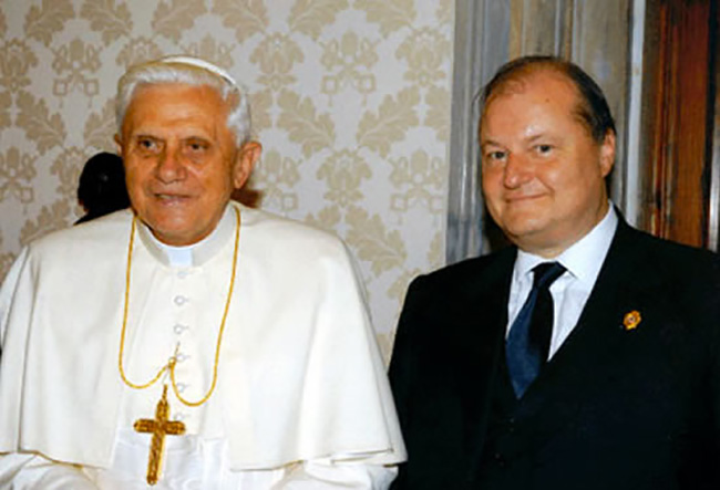 Incontro con Papa Benedetto XVI e il Presidente delle Federazione Internazionale Croce rossa e Mezza Luna rossa
