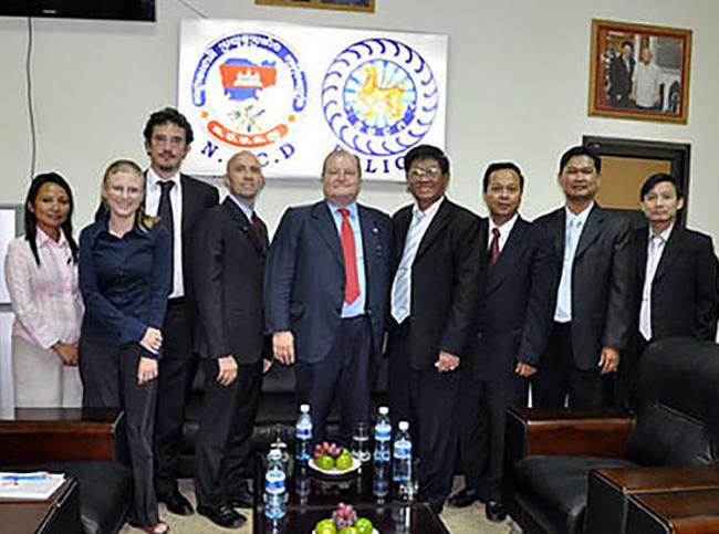 Phnom Pen incontro per la lotta contro la droga in Cambogia