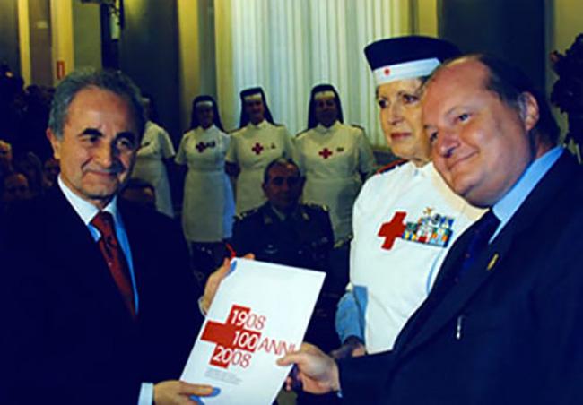 Presentazione calendario infermiere volontarie con il Ministro della Difesa Arturo Parisi